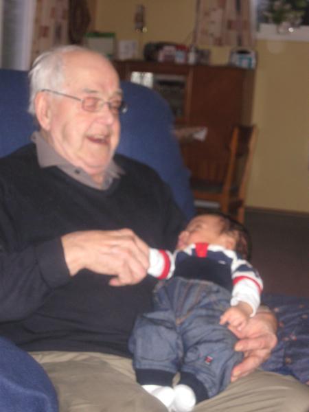 Farfaren til Tonje og lille Jasper :)